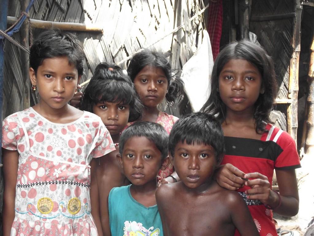05.Gyermekek egy kalkuttai nyomornegyedben